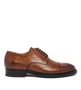 smooth and tumbled calfskin derby
